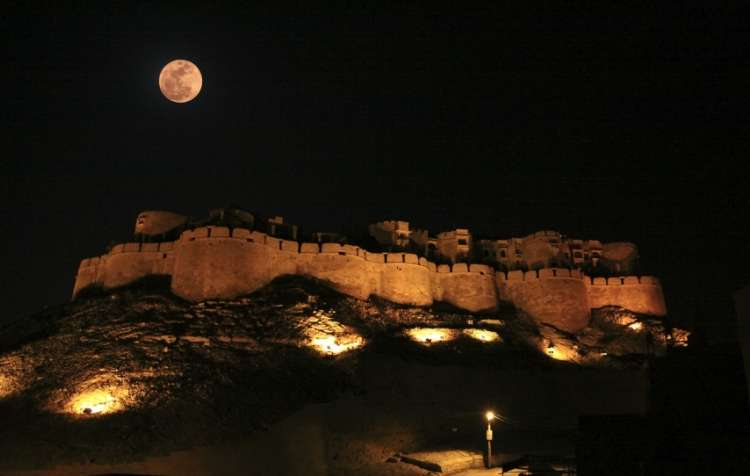 Building a Fortress in the Last Ten Nights of Ramadan